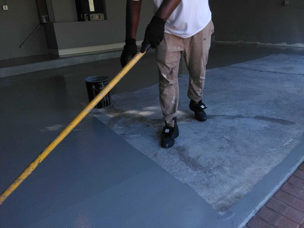 Epoxy Coating Garage Floor in  Cooper City, FL (1)