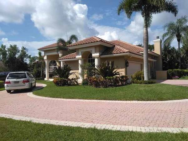 Exterior Painting in Palm Beach, FL (1)