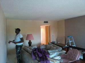 Wallpaper Removal in Pembroke Pines, FL (2)