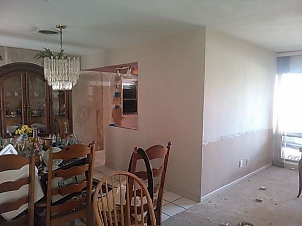 Wallpaper Removal & Interior Painting in Boca Raton, FL (1)